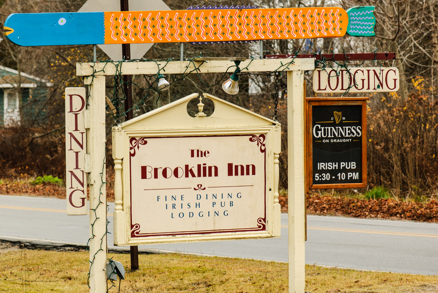 Brooklin Inn sign